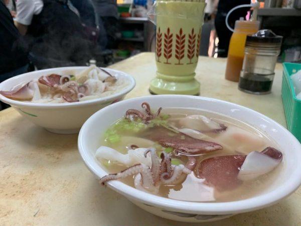 台南 食べ物 グルメ おすすめ 小卷米粉湯 葉家